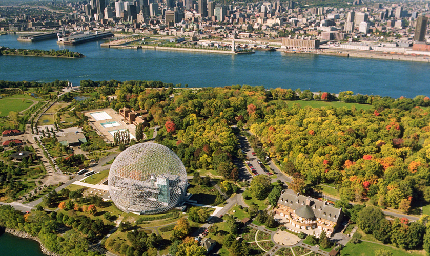 Montréal Tour Canada